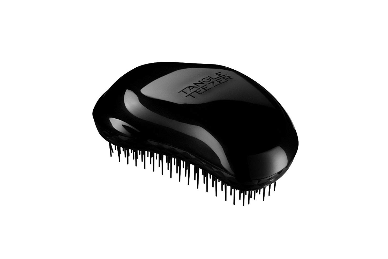 hair brush - travel packing list